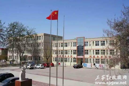 yixiao2.jpg